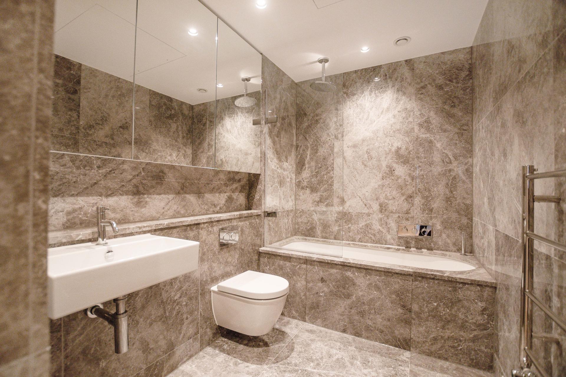 Bathroom at King's Mews Apartments, Holborn, London - Citybase Apartments