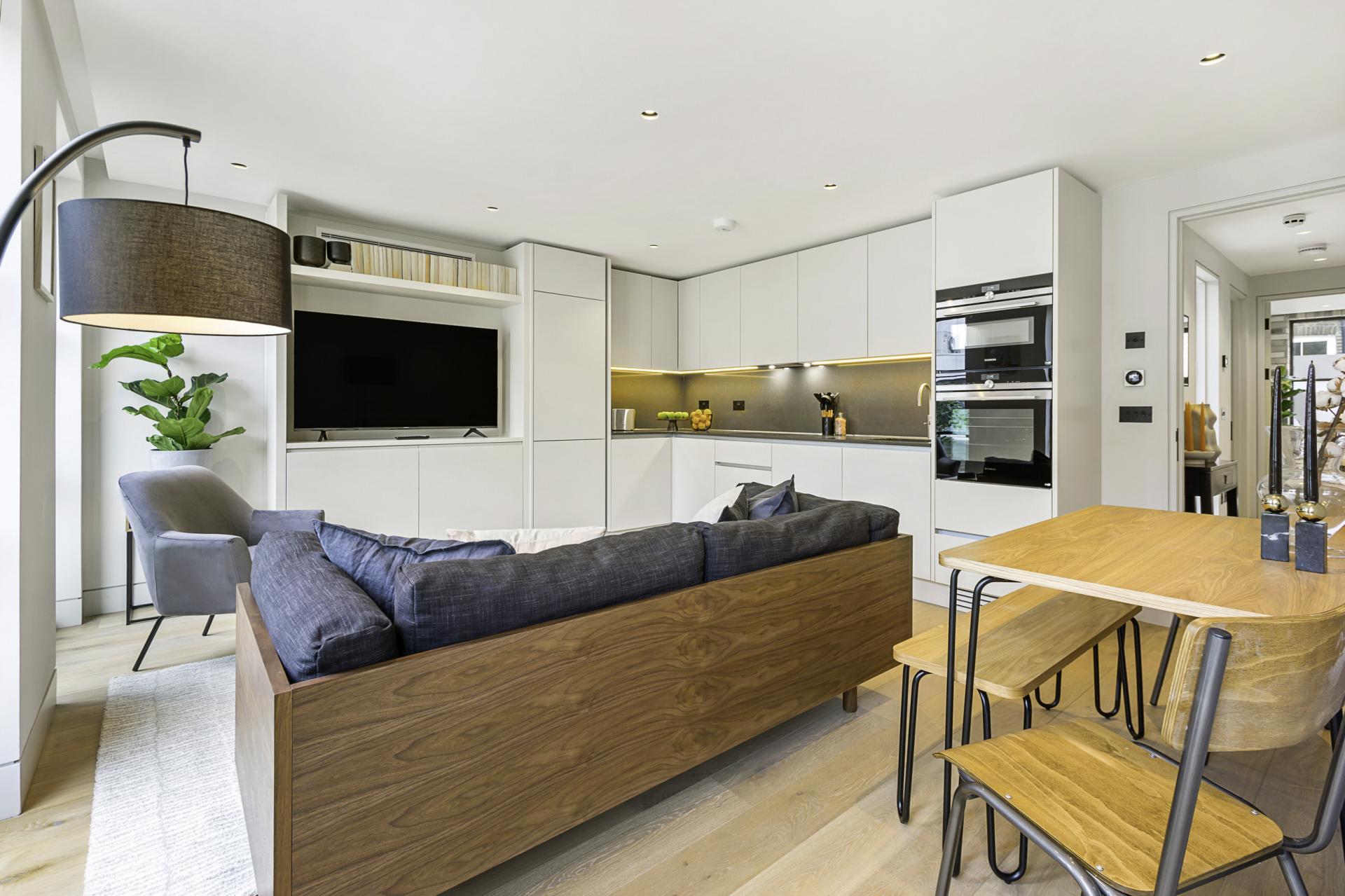 Bright living room at King's Mews Apartments, Holborn, London - Citybase Apartments