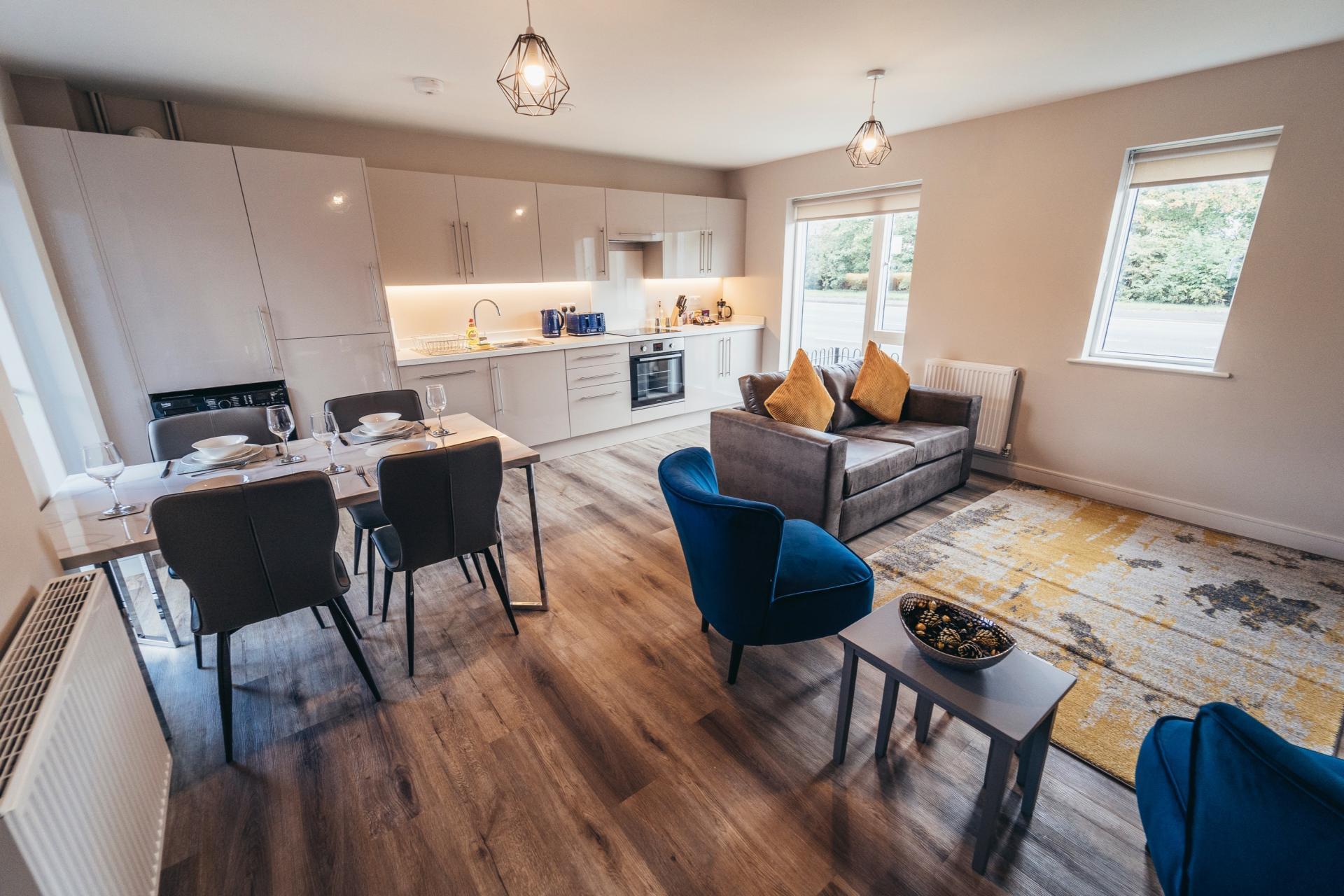 Dining area at Devonshire Court Apartments, West Bridgford, Nottingham - Citybase Apartments