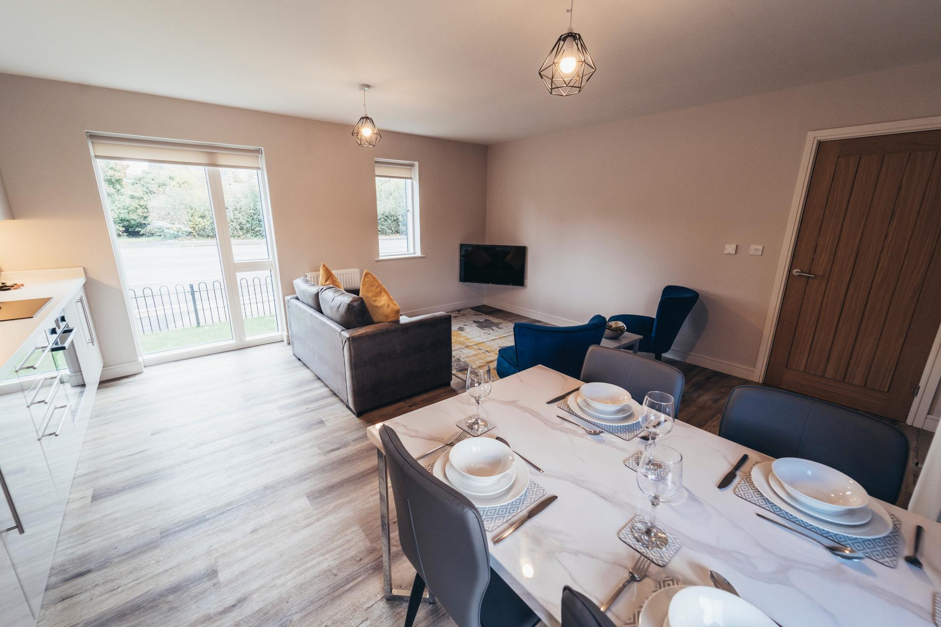 Table at Devonshire Court Apartments, West Bridgford, Nottingham - Citybase Apartments