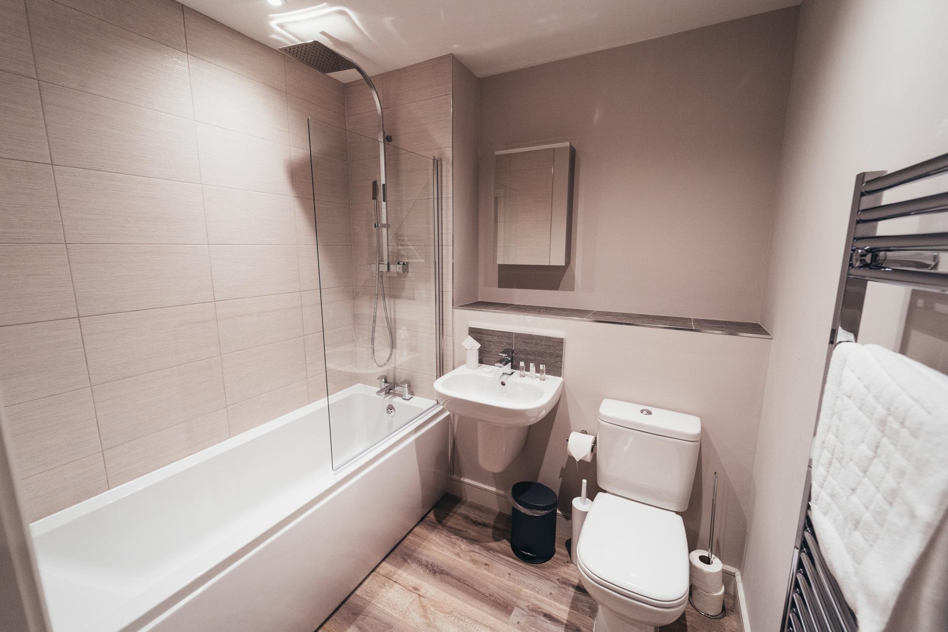 Bathroom at Devonshire Court Apartments, West Bridgford, Nottingham - Citybase Apartments