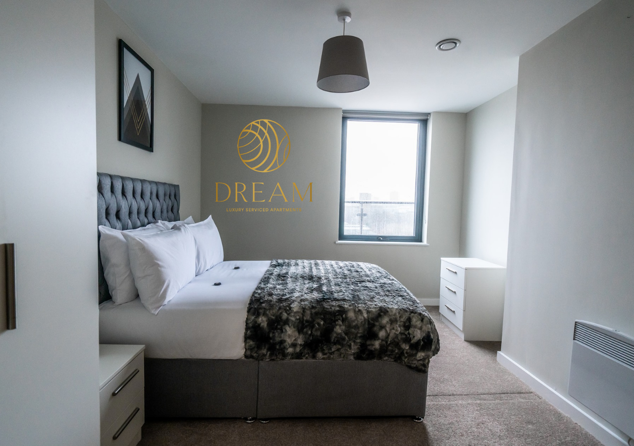Large bedroom at Dream Apartments Manchester - Citybase Apartments