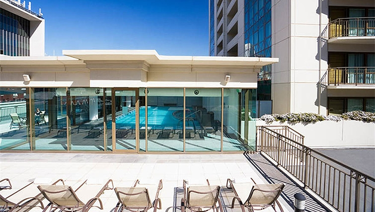 Swimming pool at Mantra on Russell - Citybase Apartments