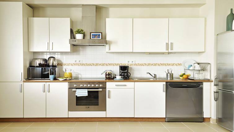 Kitchen at 7 Seasons Apartments - Citybase Apartments