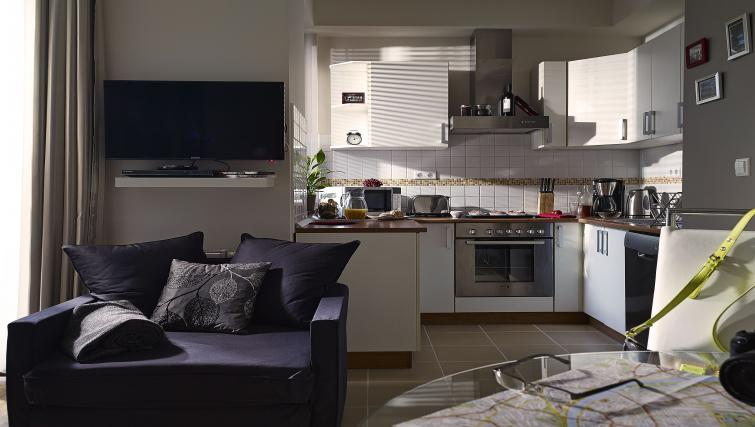 Well equipped kitchen at 7 Seasons Apartments - Citybase Apartments