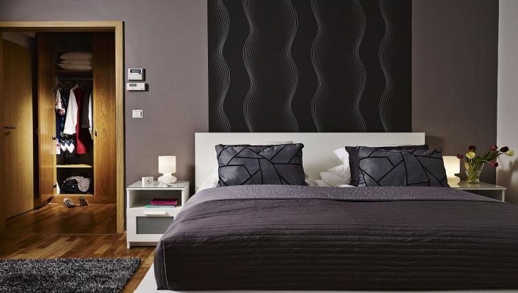 Bed at 7 Seasons Apartments - Citybase Apartments