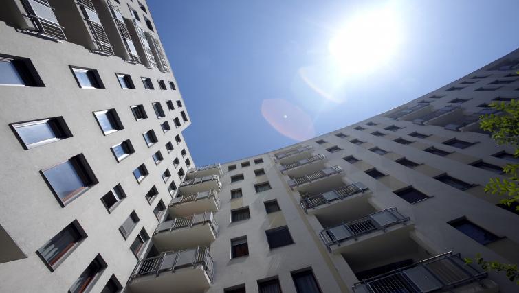 Exterior view of 7 Seasons Apartments - Citybase Apartments
