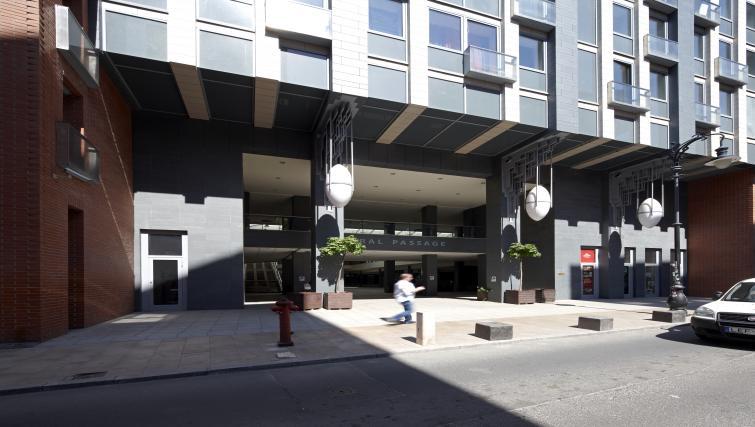 Exterior of 7 Seasons Apartments - Citybase Apartments