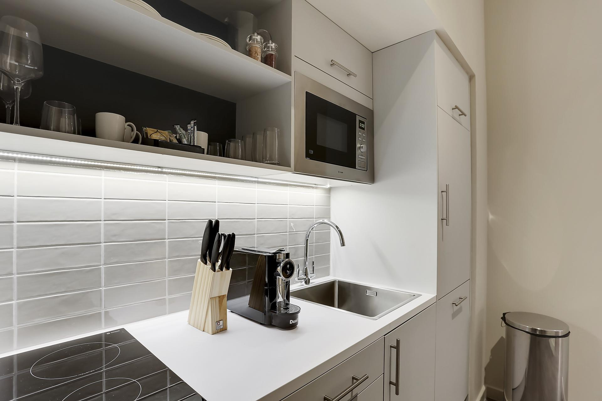 Kitchenette at Native Edinburgh Apartments, Centre, Edinburgh - Citybase Apartments