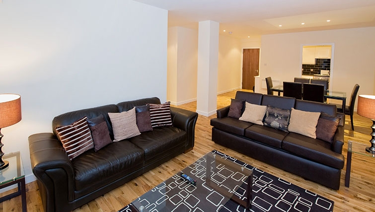 Charismatic living area in Aberdeen Douglas Apartments - Citybase Apartments