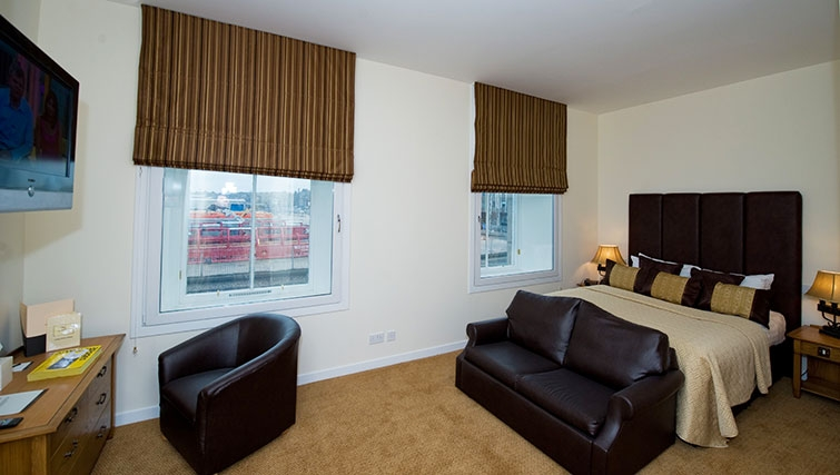 Incredible bedroom in Aberdeen Douglas Apartments - Citybase Apartments