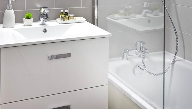 Bathroom at Citadines Presqu'ile Apartments - Citybase Apartments