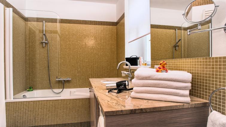 Bathroom at Residence Karolina Apartments - Citybase Apartments