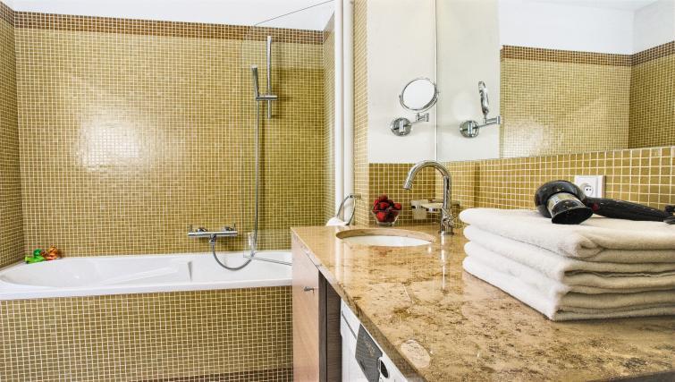 Family bathroom at Residence Karolina Apartments - Citybase Apartments