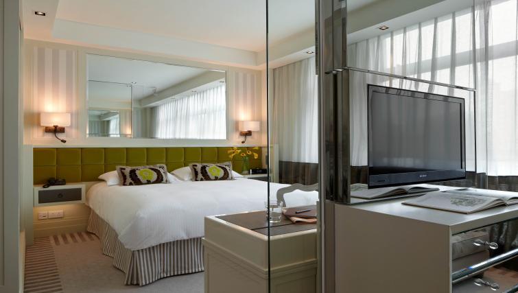Comfortable bed at Lanson Place Hotel and Apartments - Citybase Apartments
