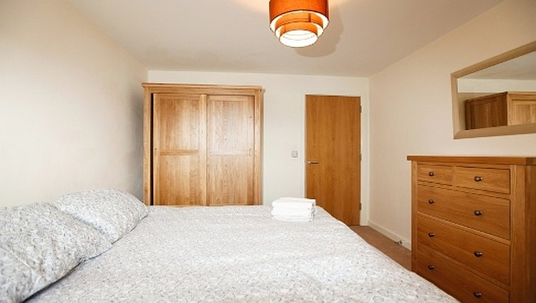 Mature bedroom in Priory Place Apartments - Citybase Apartments
