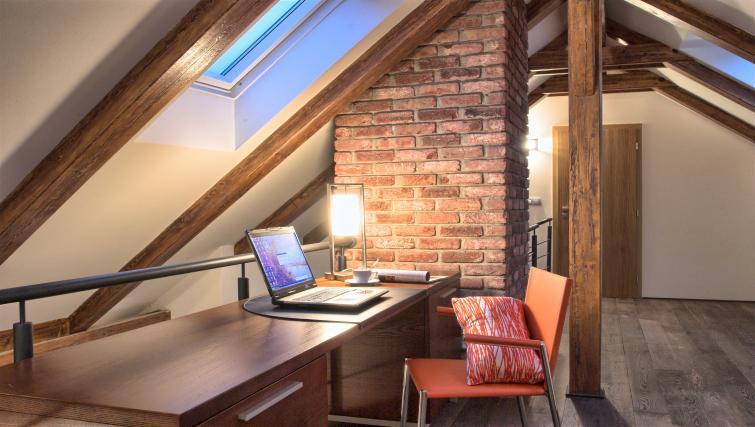 Deska t Residence Rybna Apartments - Citybase Apartments