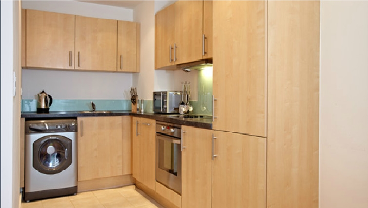 Spacious kitchen in The Crescent Apartments - Citybase Apartments