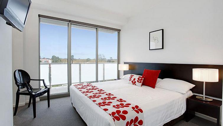 Modern bedroom in Caroline Serviced Apartments - Citybase Apartments