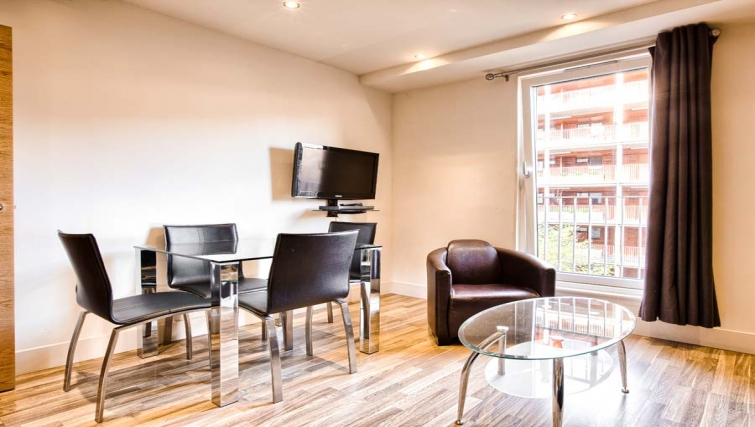 Prime dining area in Staycity Edinburgh West End - Citybase Apartments