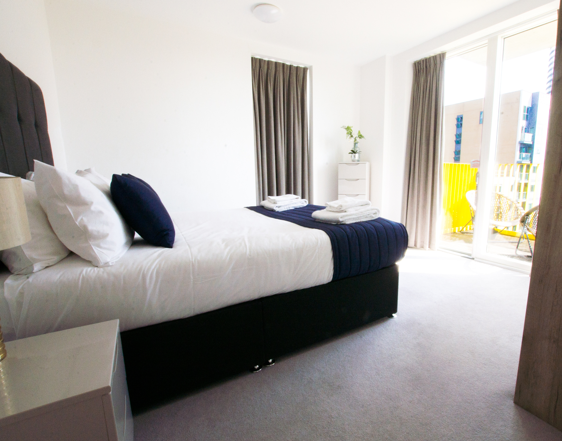 Bed at Millharbour Apartments, Isle of Dogs, London - Citybase Apartments