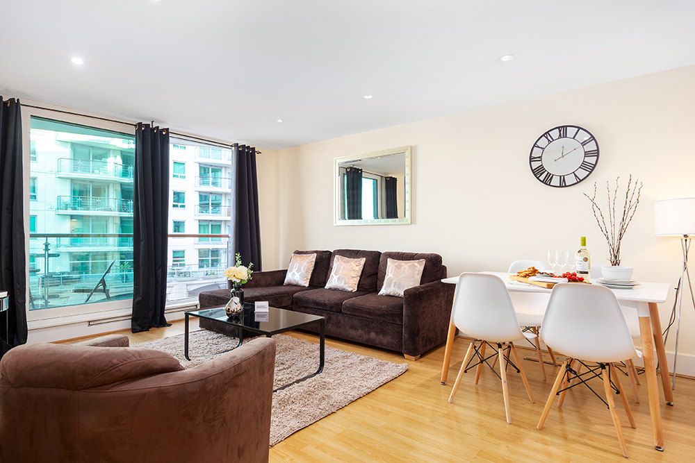 Spacious living area at St George's Wharf Serviced Apartments - Citybase Apartments