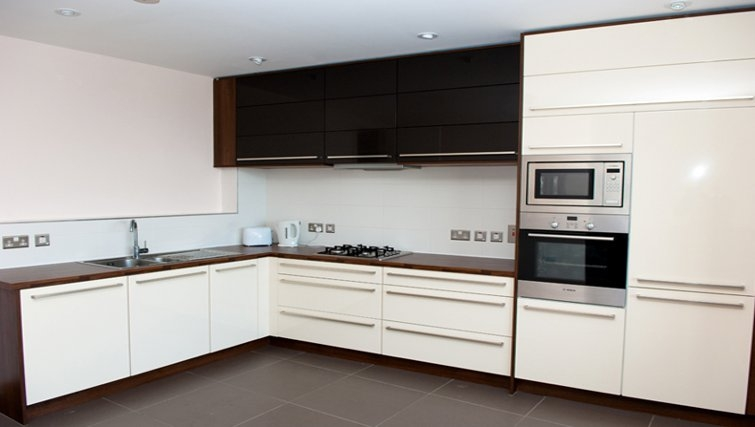 Well equipped kitchen in Titanic Arc Apartment - Citybase Apartments