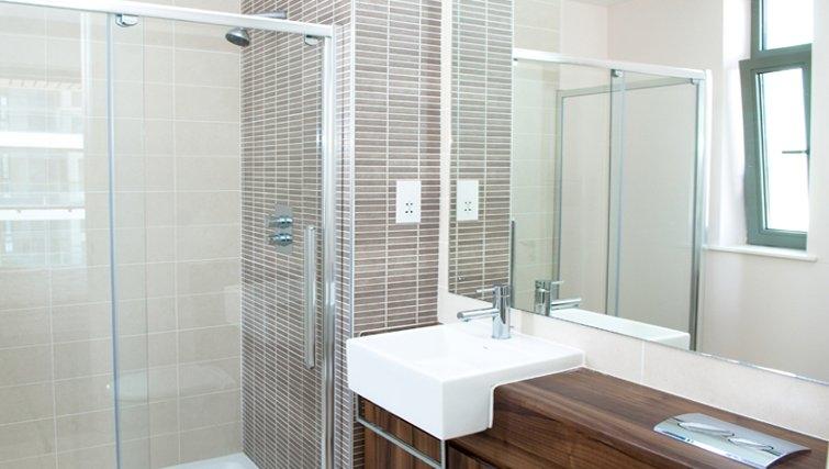 Serene bathroom in Titanic Arc Apartment - Citybase Apartments