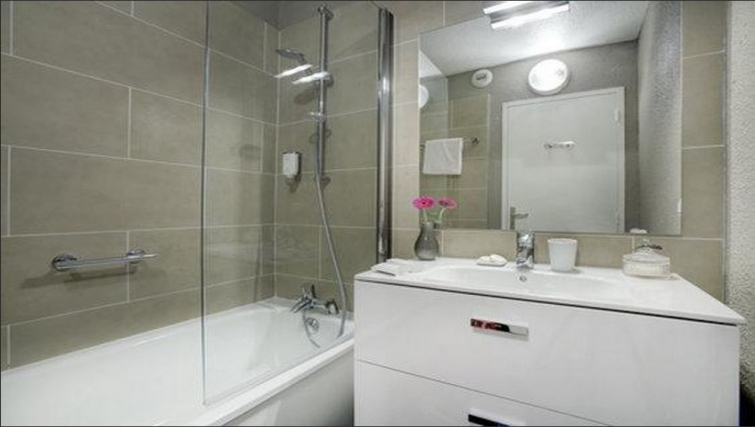 Bathroom in Citadines Cannes Carnot Apartments - Citybase Apartments