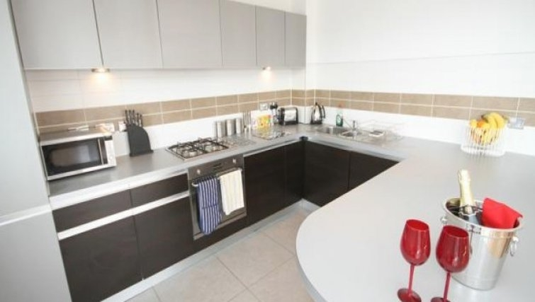 Large kitchen area in Scholars Walk Penthouse Apartment - Citybase Apartments