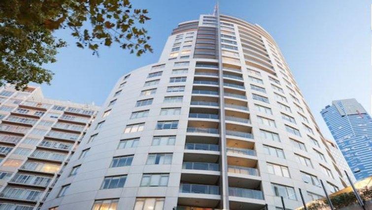 Exterior of Quay West Suites Melbourne - Citybase Apartments