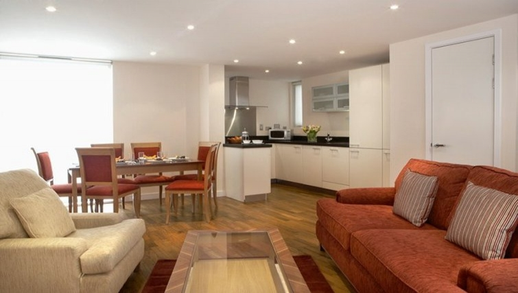 Inviting living area in Marlin Canary Wharf Apartments - Citybase Apartments