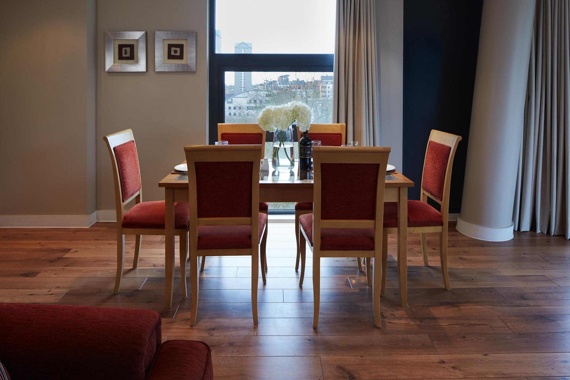 Dining area at Marlin Canary Wharf Apartments, Canary Wharf, London - Citybase Apartments
