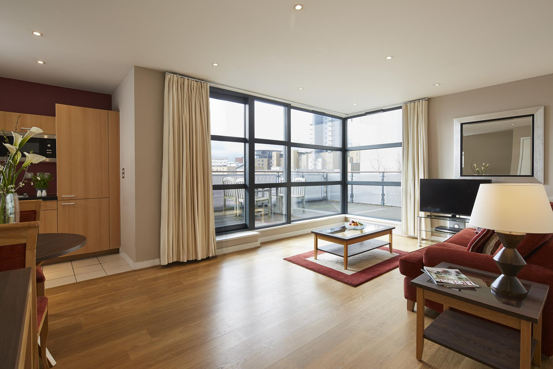 Windows at Marlin Canary Wharf Apartments, Canary Wharf, London - Citybase Apartments