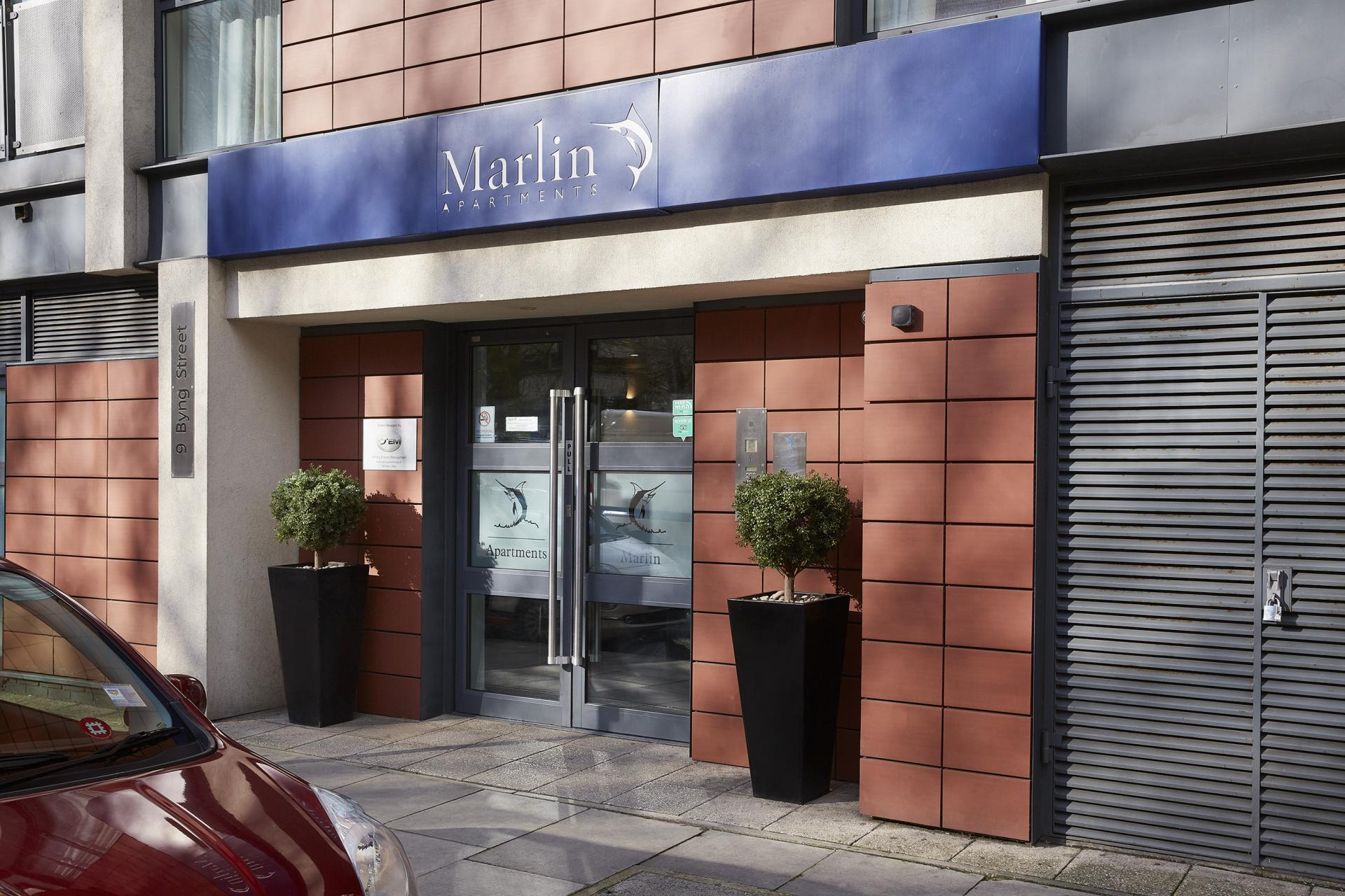 Entrance to Marlin Canary Wharf Apartments, Canary Wharf, London - Citybase Apartments