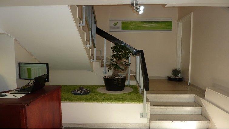 Inviting reception at Croydon High Street Apartments - Citybase Apartments