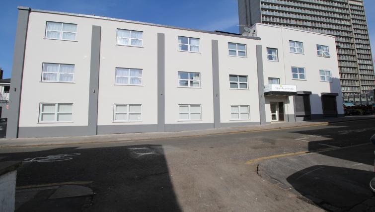 Exterior of Croydon High Street Apartments - Citybase Apartments