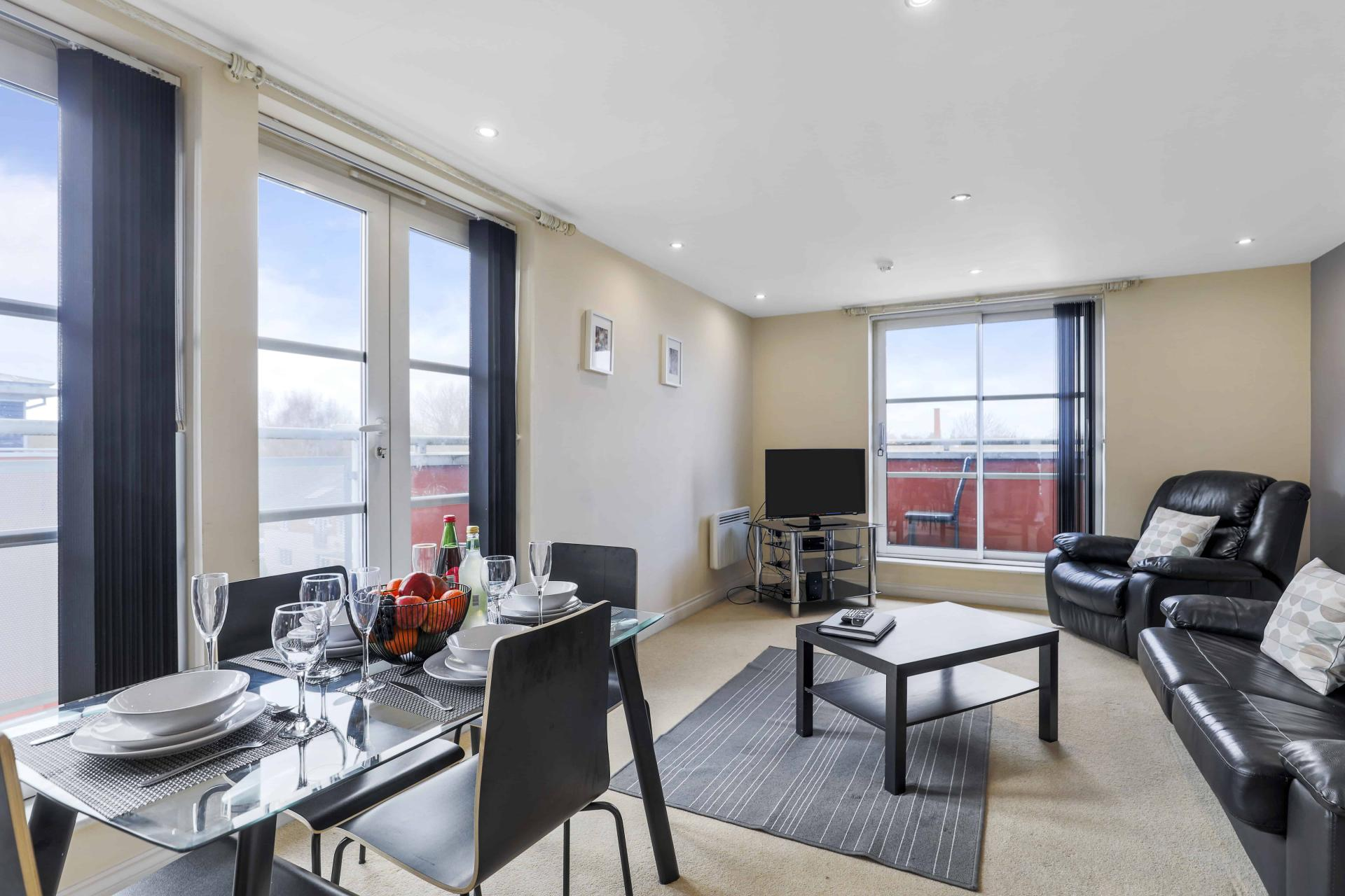 Lounge at Freemens Meadow Apartments, Freemens Meadow, Leicester - Citybase Apartments
