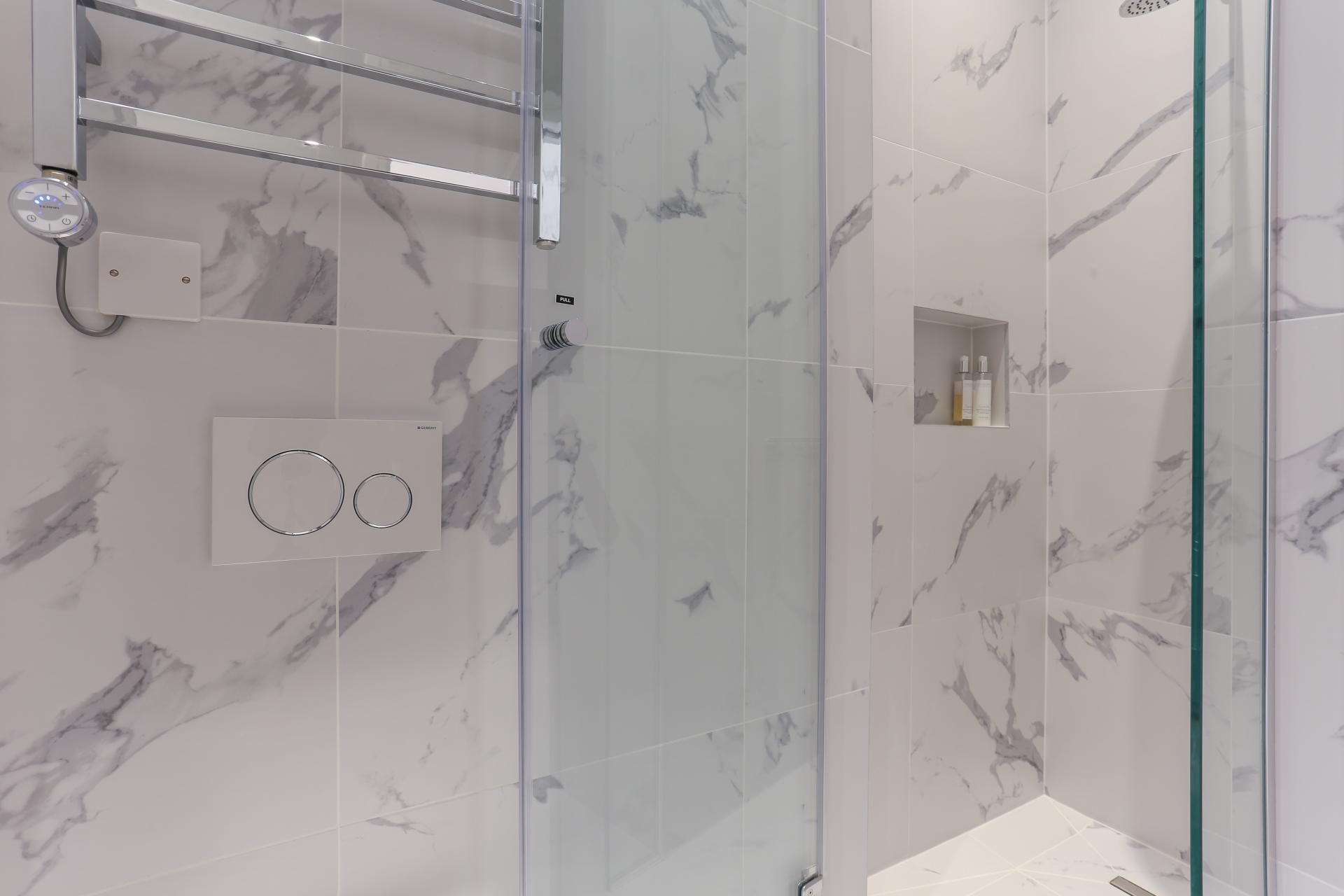 Modern bathroom at Inverness Terrace Apartments, Bayswater, London - Citybase Apartments