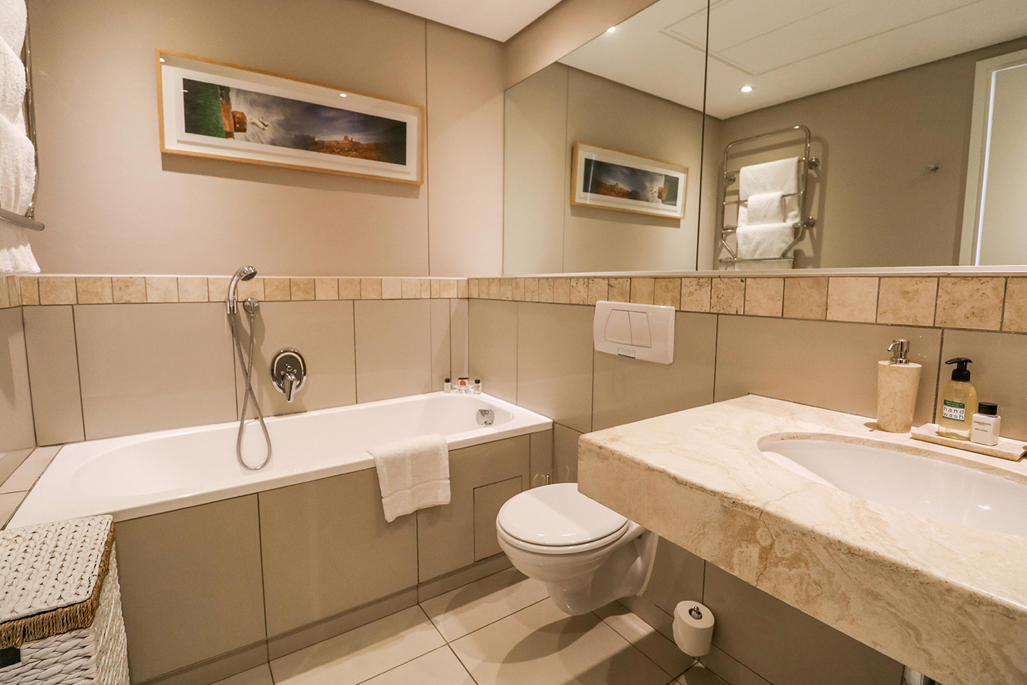 Bathroom at Waterfront Village - Citybase Apartments