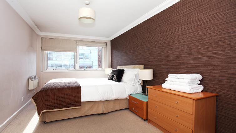 Bedroom at King Regents Place Apartments - Citybase Apartments