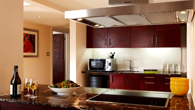 Exclusive kitchen in Taj Cape Town - Citybase Apartments