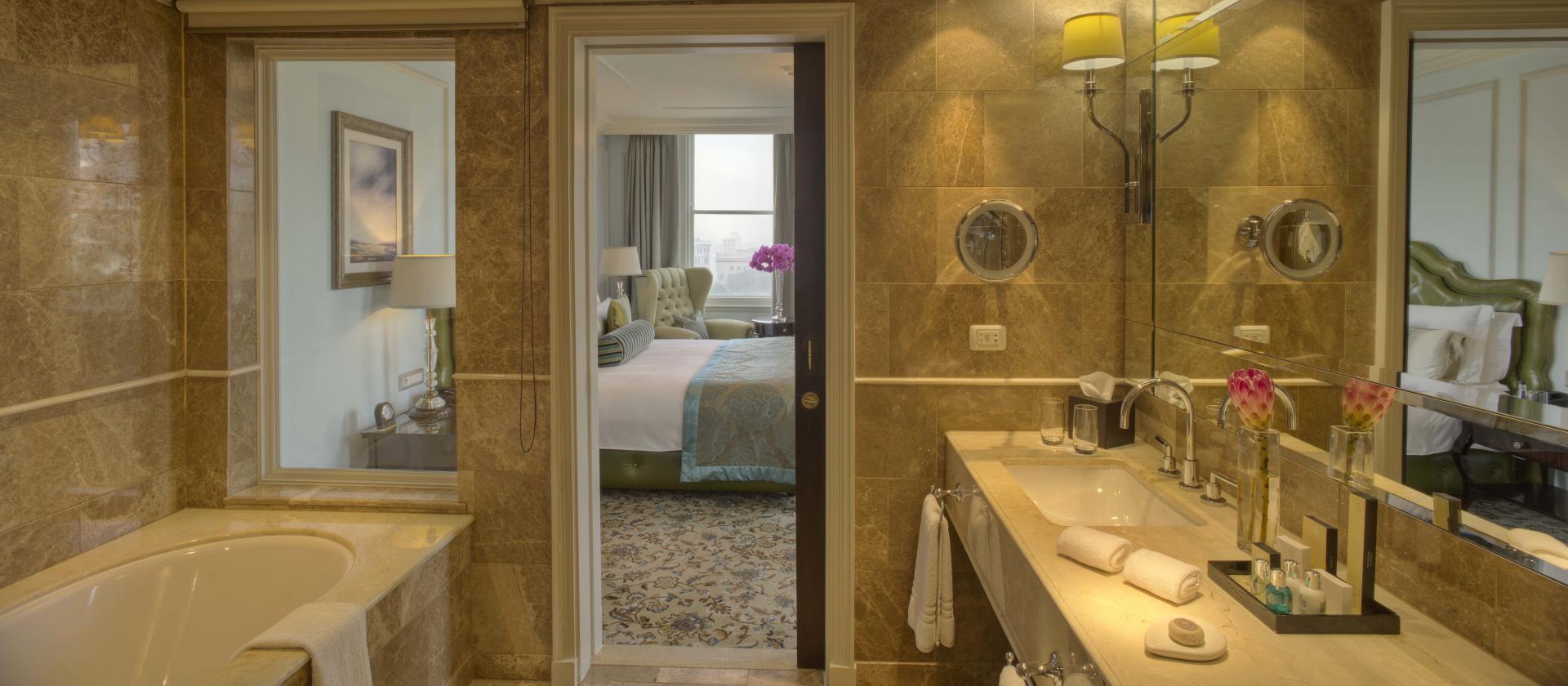 Bathroom at Taj Cape Town, Centre, Cape Town - Citybase Apartments