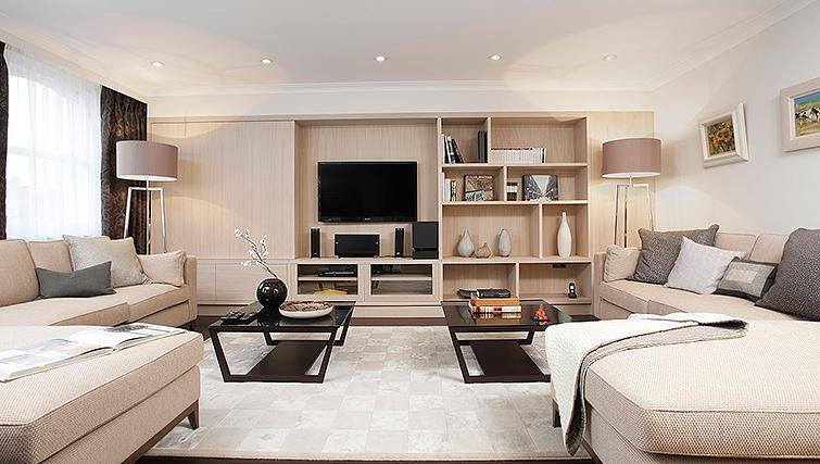 Lovely living area at Claverley Court Apartments - Citybase Apartments