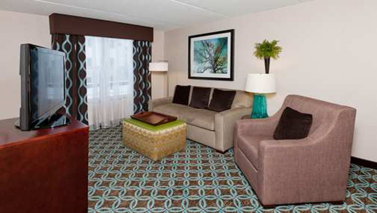 Timeless living area in Homewood Suites Boston/Canton - Citybase Apartments