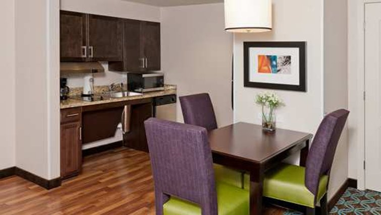 Shimmering kitchen in Homewood Suites Boston/Canton - Citybase Apartments