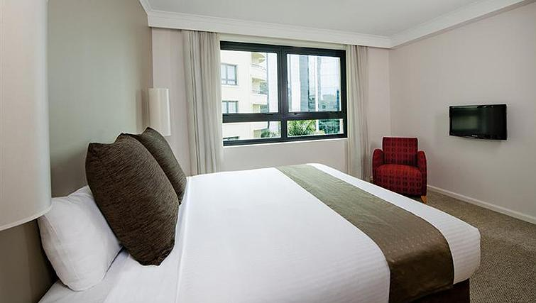 Stylish bedroom at Mantra Parramatta - Citybase Apartments