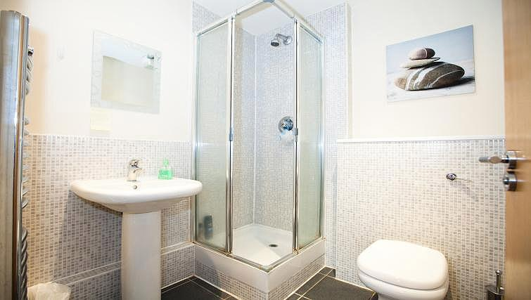Bathroom at Fairfax Street Apartments - Citybase Apartments