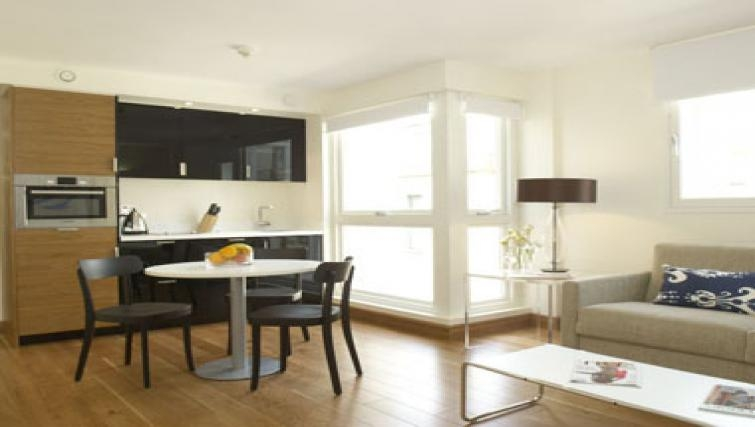 Spacious kitchen in Turnmill Apartments - Citybase Apartments