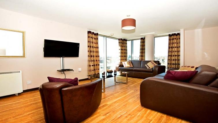 Spacious living area in Staycity Dublin Millennium Walk - Citybase Apartments